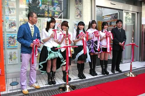 とらのあな秋葉原本店、Aice5も参加した開店セレモニー